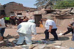 نائب محافظ القاهرة للمنطقة الجنوبية إزالة ٣٠٣ عقارات بـ«عزبة أبوقرن» العشوائية ونقل ٩٦٥ أسرة