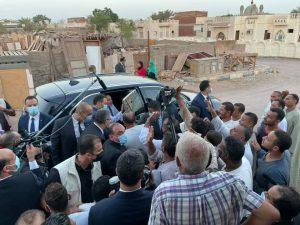 السيسي يقوم بجولة تفقدية بمنطقة مساكن الرويسات بشرم الشيخ
