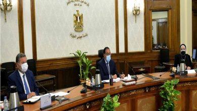 رئيس الوزراء يتابع خطوات إطلاق استراتيجية صناعة السيارات في مصر
